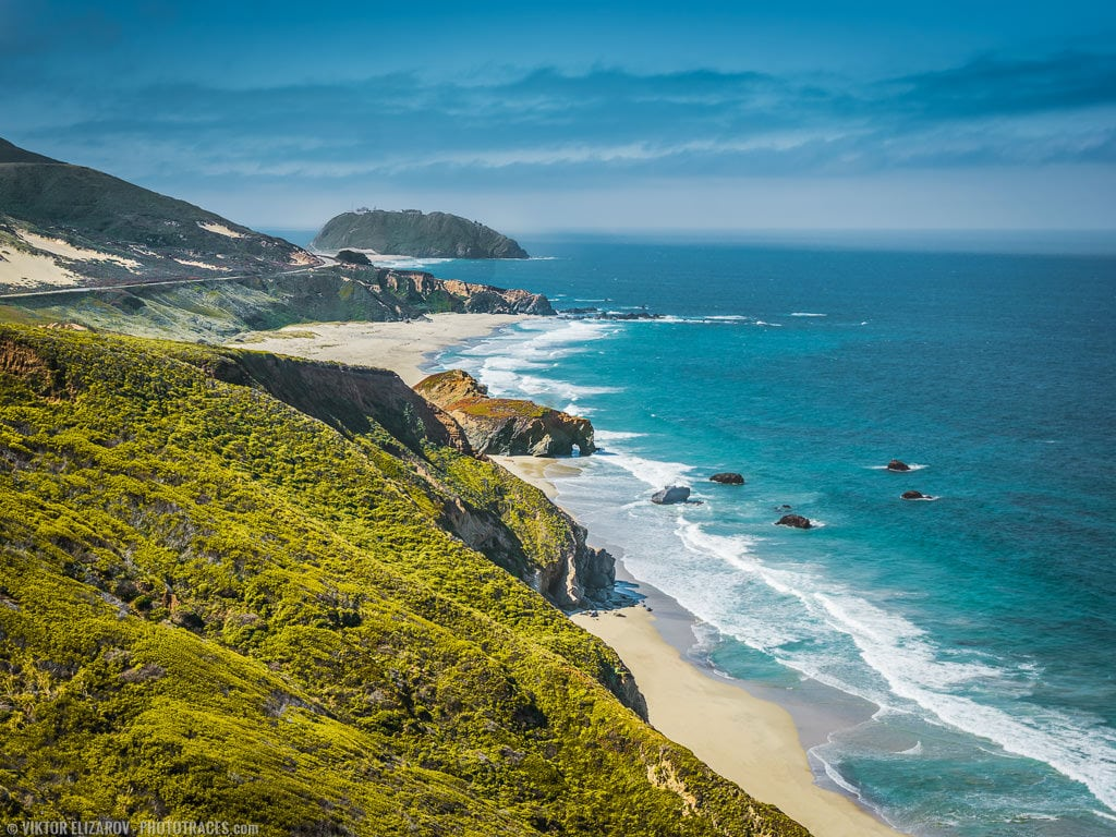 The view of the pacific coastal line and Point Sur Lighthouse in California