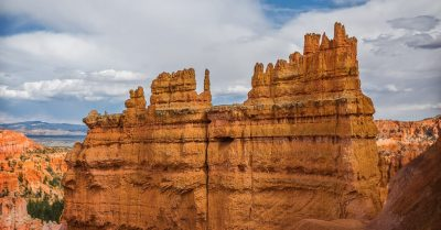 The Path Down to the Bryce Canyon (Utah)